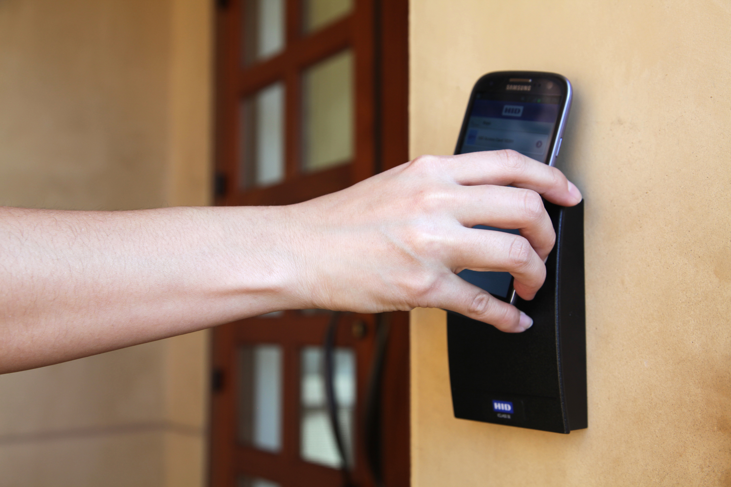 How To Unlock A Door >> HID Global Completes World's First Series of NFC-Enabled ...